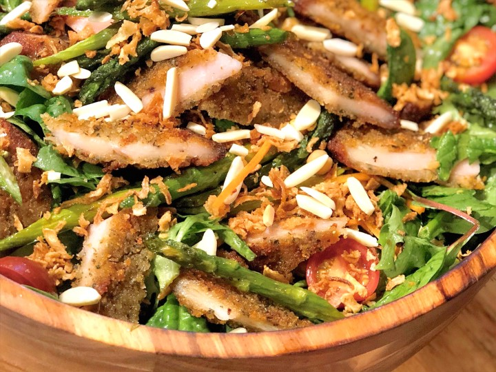 Crunchy chicken & almond salad