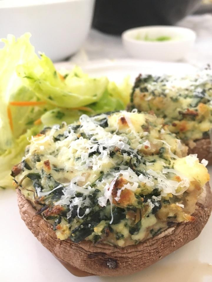 Spinach & ricotta stuffed portobellomushrooms