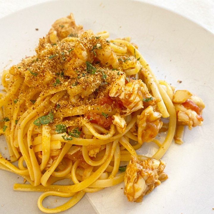 Lobster linguine in vodka sauce with crispy breadcrumbs